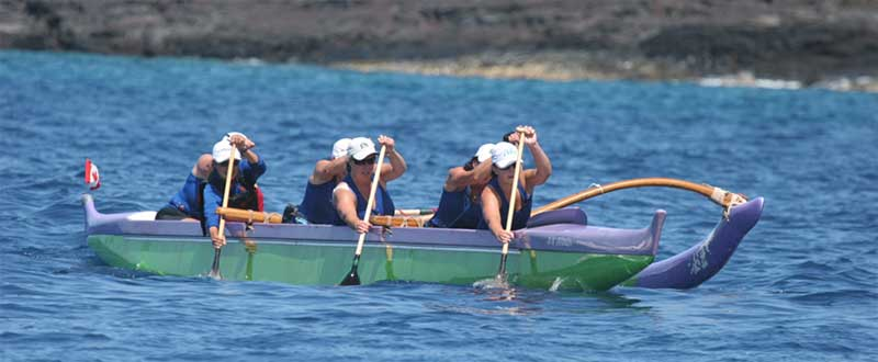 Paddling an outrigger